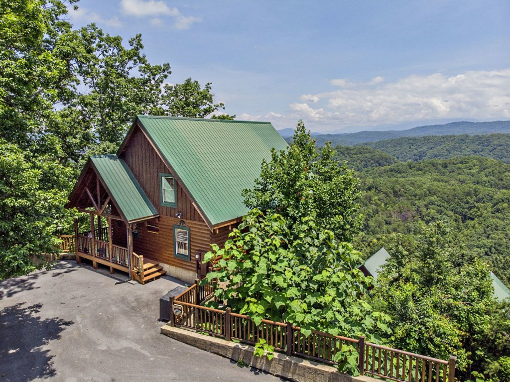 Photo of a Pigeon Forge Cabin named Majestic Mountain View - This is the nineteenth photo in the set.