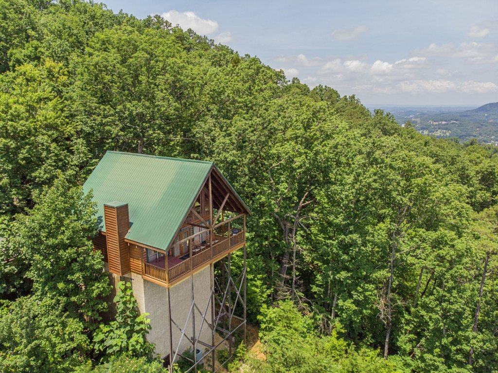 Photo of a Pigeon Forge Cabin named Majestic Mountain View - This is the twentieth photo in the set.