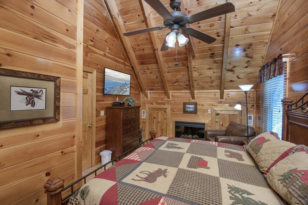 Photo of a Pigeon Forge Cabin named Majestic Mountain View - This is the forty-fourth photo in the set.