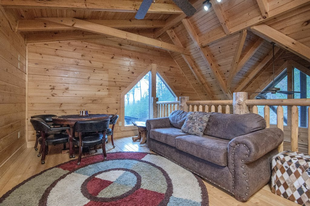 Photo of a Sevierville Cabin named Arrowhead Lodge - This is the twenty-sixth photo in the set.
