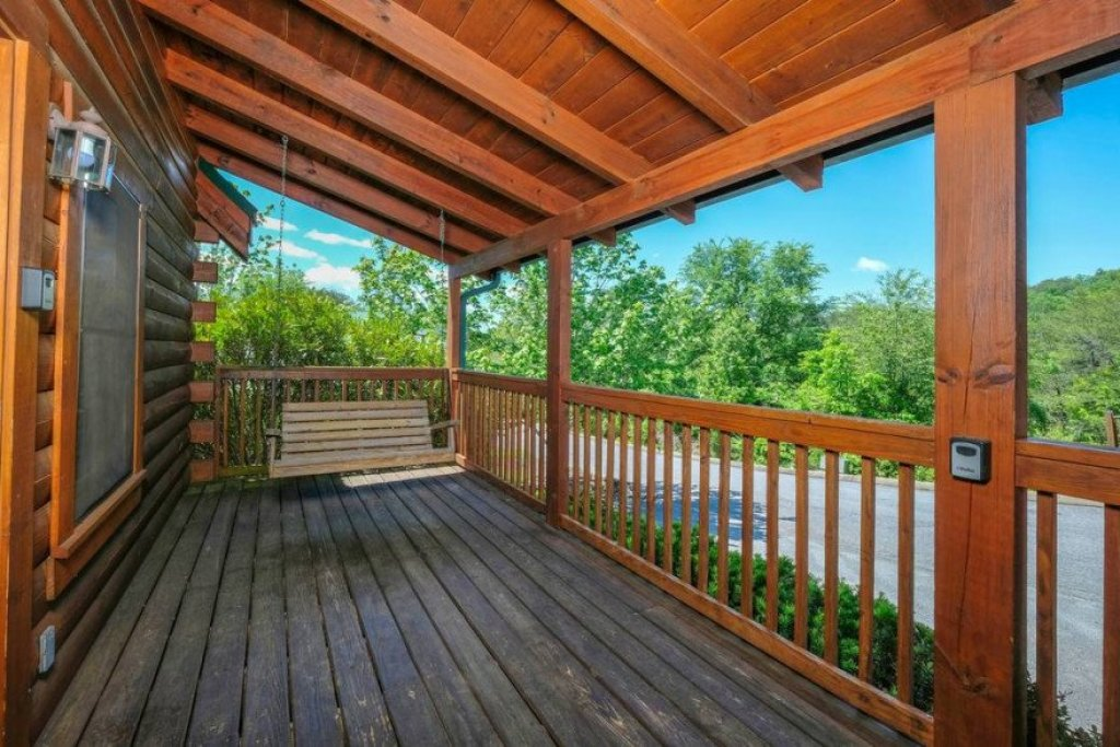 Photo of a Sevierville Cabin named  Heavenly View - This is the fourth photo in the set.