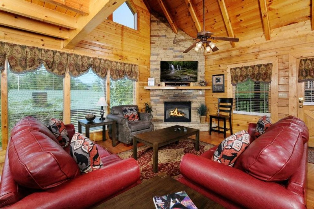 Photo of a Sevierville Cabin named  Heavenly View - This is the eighth photo in the set.