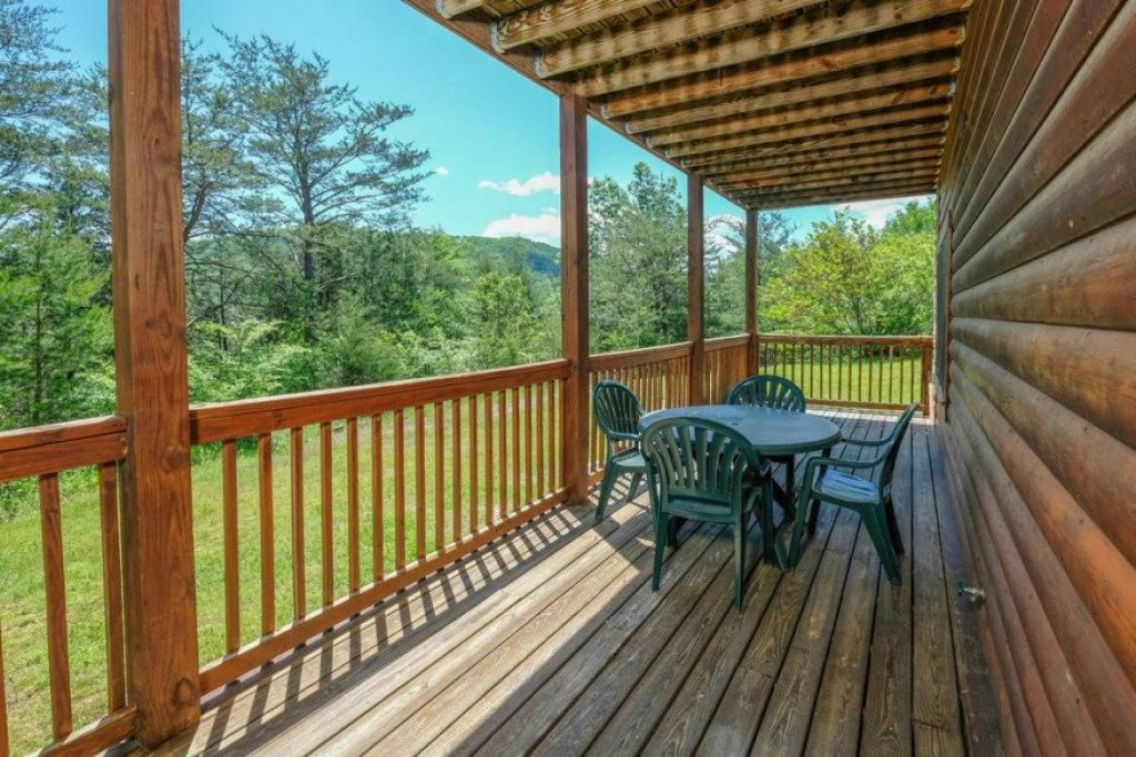 Photo of a Sevierville Cabin named  Heavenly View - This is the thirty-seventh photo in the set.