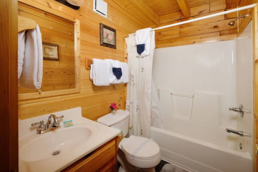 Photo of a Sevierville Cabin named  Heavenly View - This is the twenty-third photo in the set.