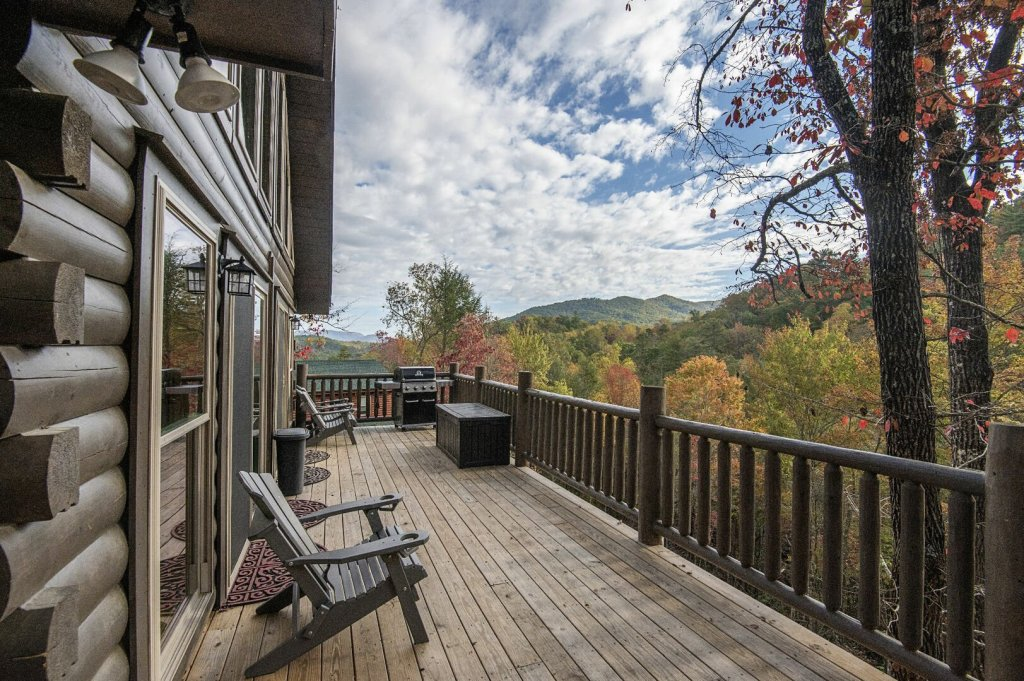 Photo of a Gatlinburg Cabin named Double Diamond Lodge - This is the twenty-second photo in the set.