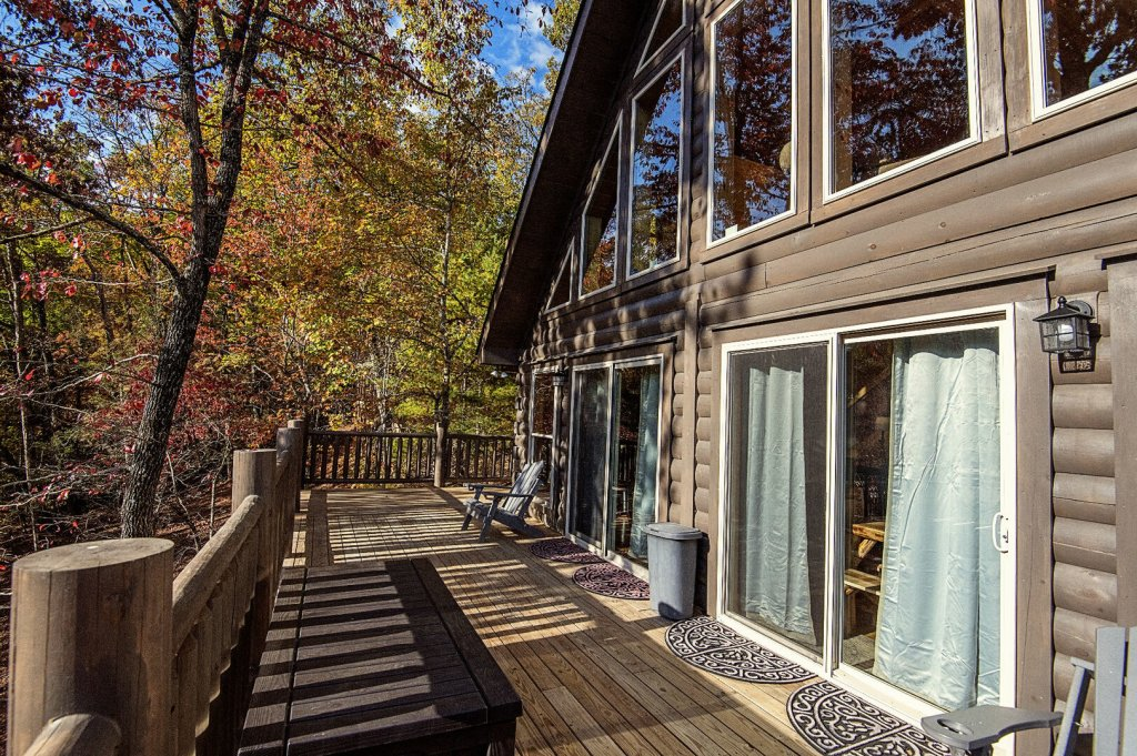 Photo of a Gatlinburg Cabin named Double Diamond Lodge - This is the sixth photo in the set.
