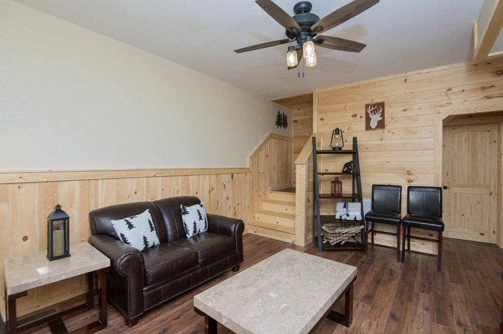 Photo of a Gatlinburg Cabin named Double Diamond Lodge - This is the fortieth photo in the set.