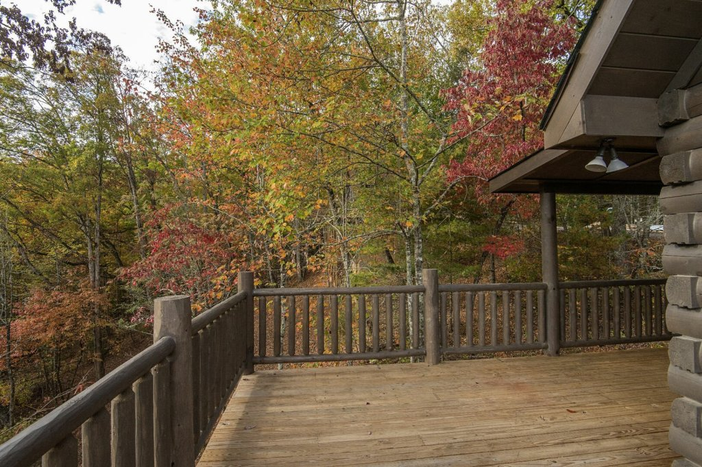 Photo of a Gatlinburg Cabin named Double Diamond Lodge - This is the twenty-fourth photo in the set.