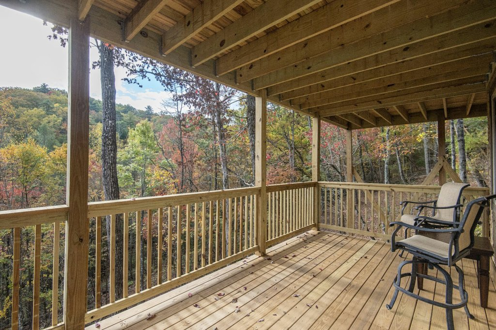 Photo of a Gatlinburg Cabin named Double Diamond Lodge - This is the forty-second photo in the set.