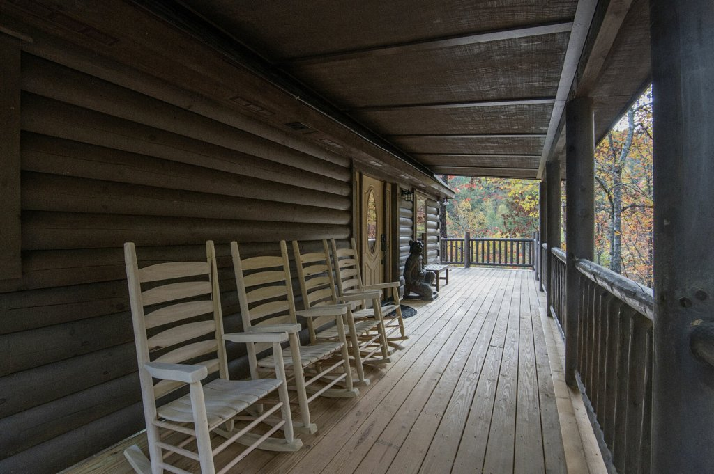 Photo of a Gatlinburg Cabin named Double Diamond Lodge - This is the twenty-first photo in the set.