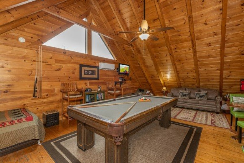 Photo of a Sevierville Cabin named Absolutely Wonderful - This is the twenty-second photo in the set.