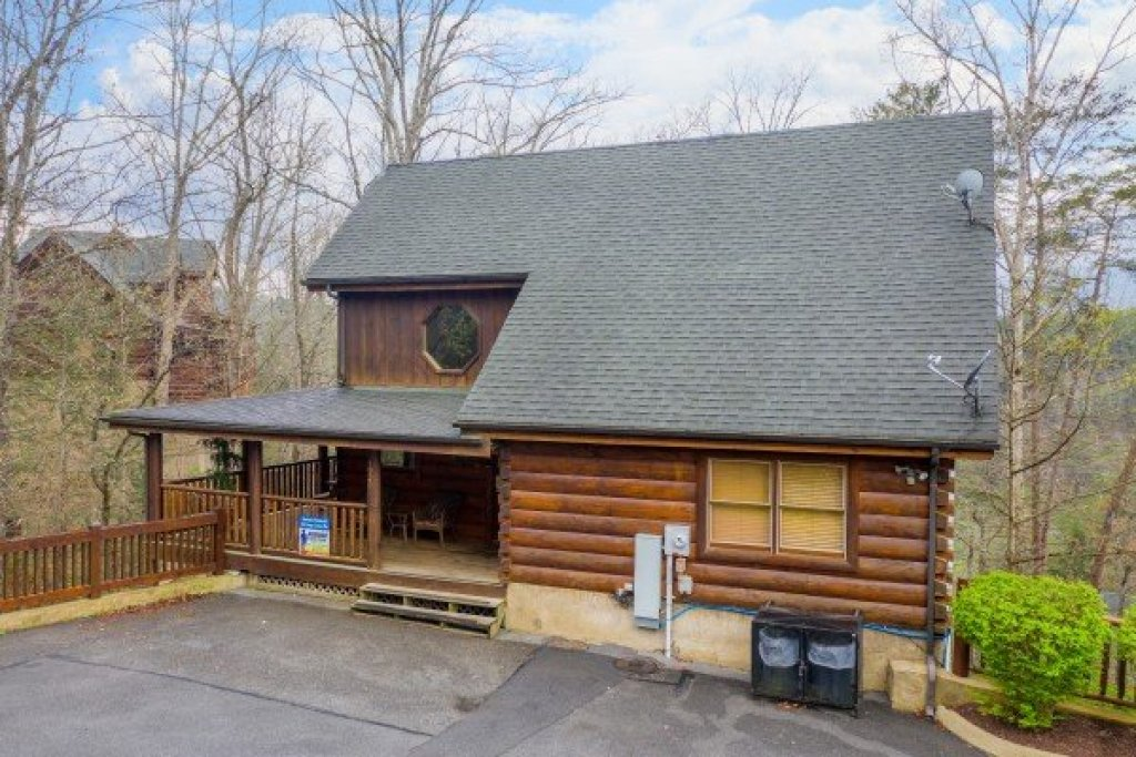 Photo of a Sevierville Cabin named Absolutely Wonderful - This is the twenty-eighth photo in the set.