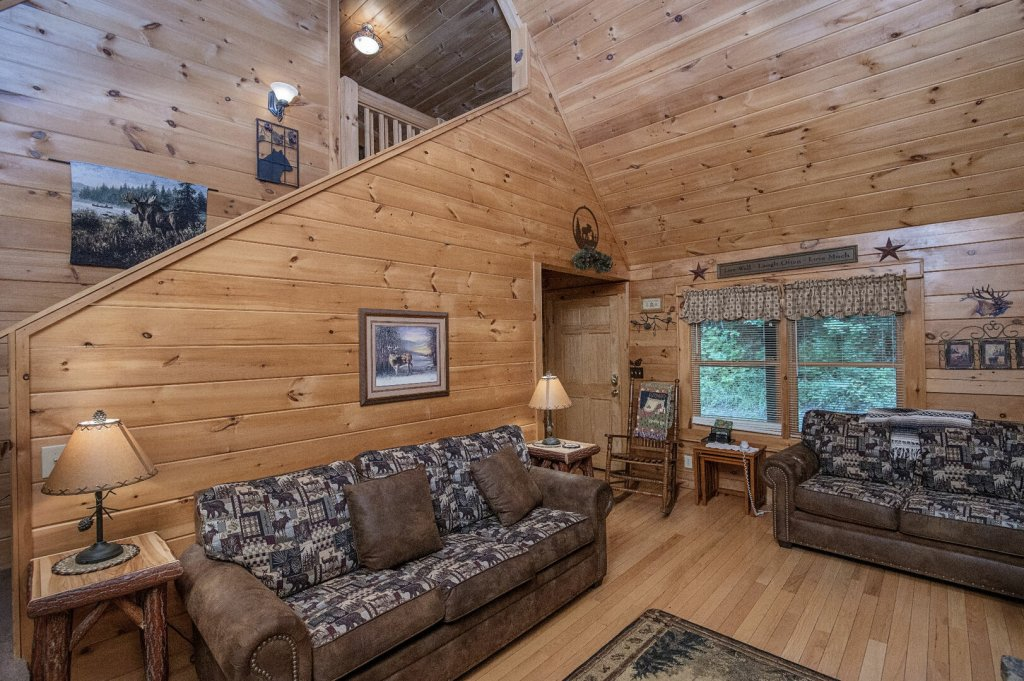 Photo of a Pigeon Forge Cabin named Mystic Mountain - This is the seventh photo in the set.