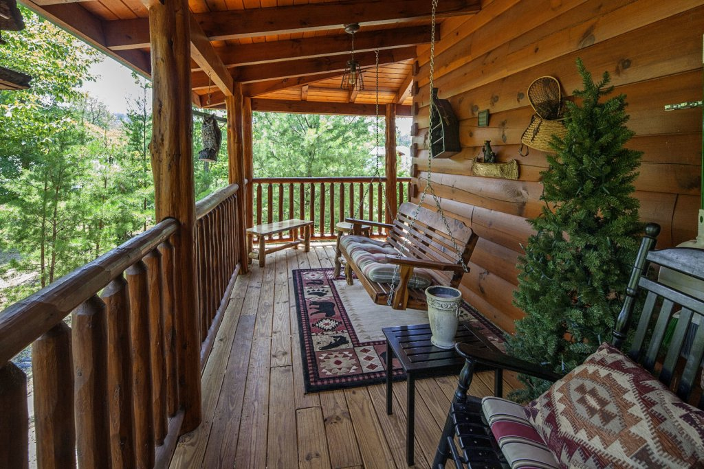Photo of a Sevierville Cabin named Liam's Retreat - This is the fifteenth photo in the set.