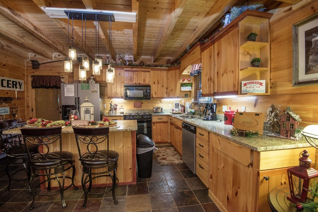 Photo of a Sevierville Cabin named Liam's Retreat - This is the eighth photo in the set.