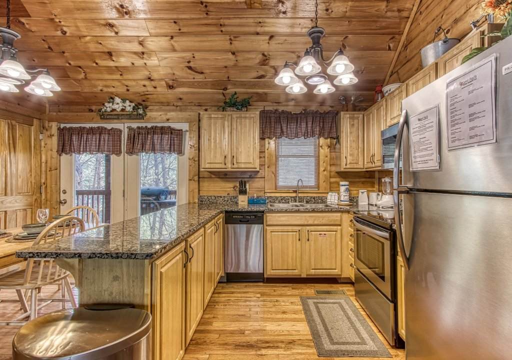 Photo of a Pigeon Forge Cabin named Lil Country Cabin #262 - This is the eighth photo in the set.