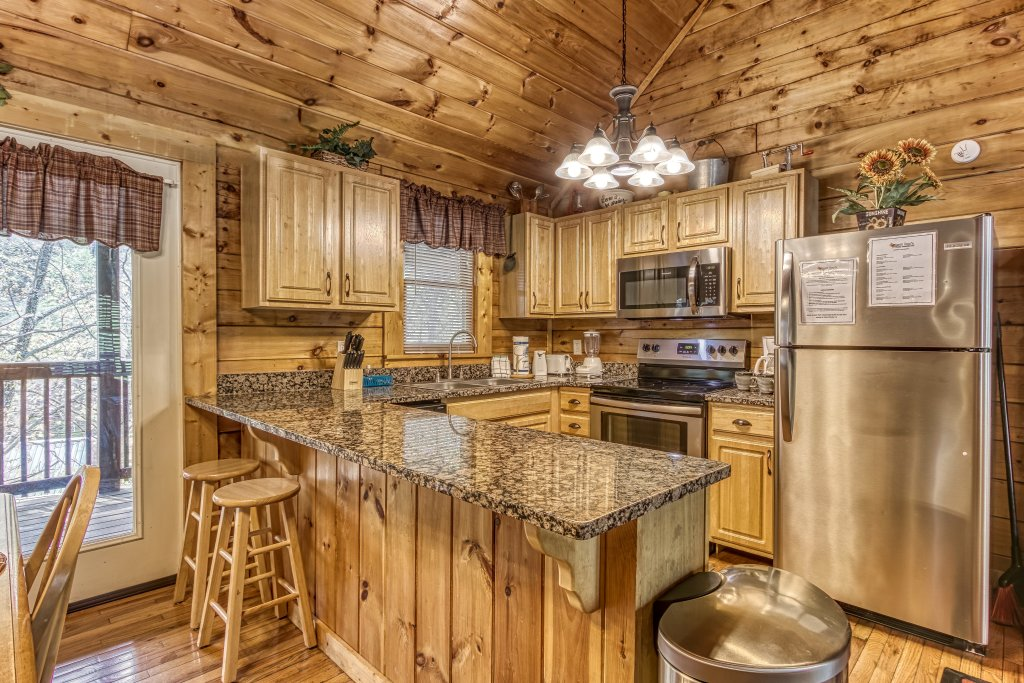 Photo of a Pigeon Forge Cabin named Lil Country Cabin #262 - This is the seventh photo in the set.