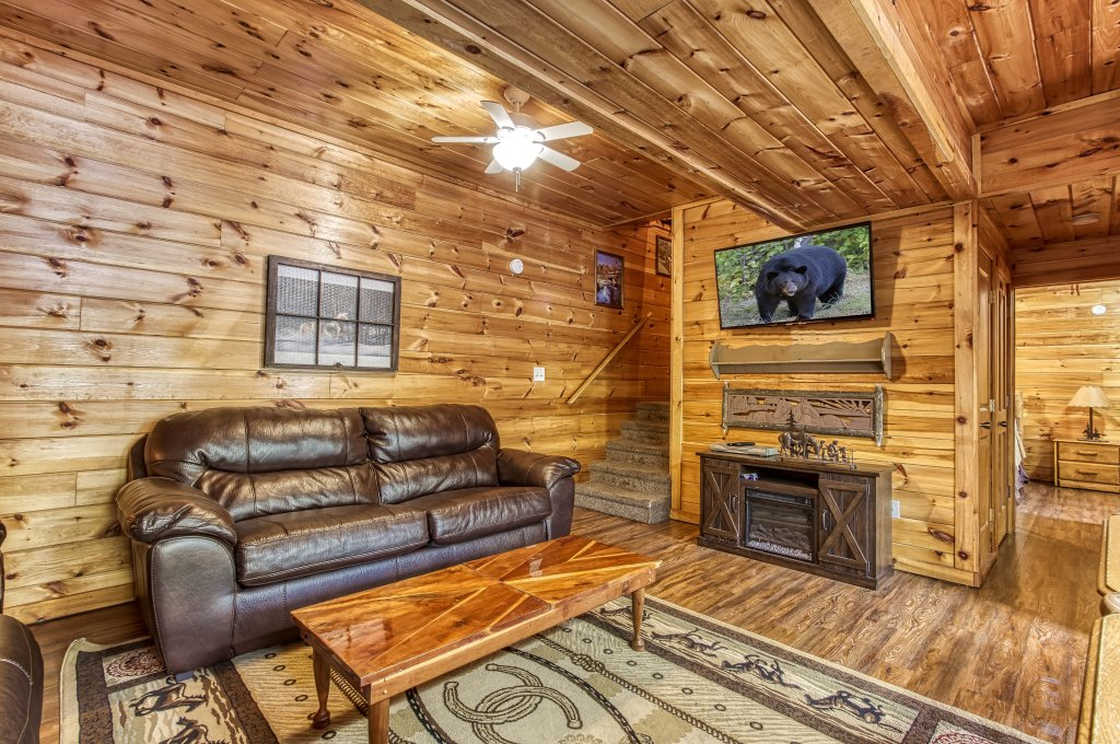 Photo of a Pigeon Forge Cabin named Lil Country Cabin #262 - This is the twentieth photo in the set.