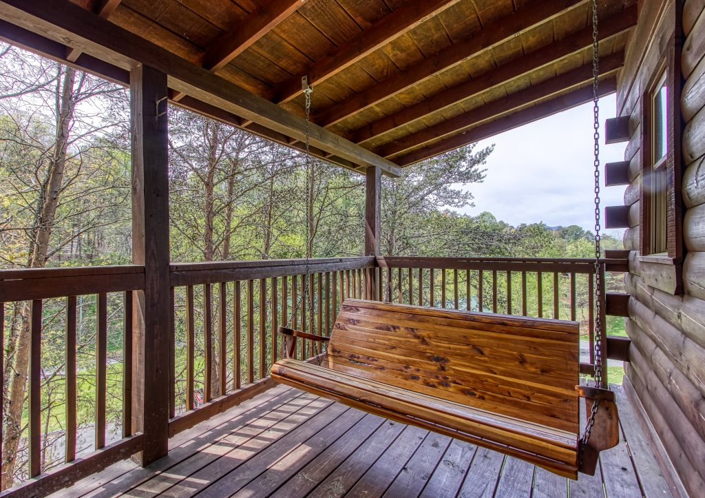 Photo of a Pigeon Forge Cabin named Lil Country Cabin #262 - This is the nineteenth photo in the set.