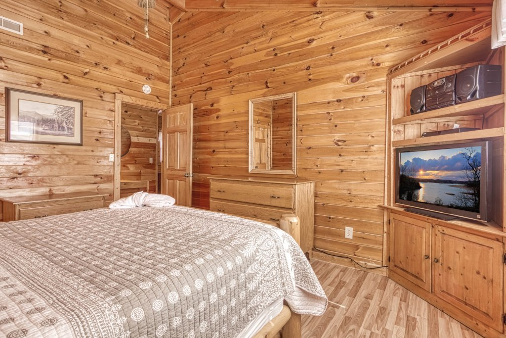 Photo of a Sevierville Cabin named Evening Shade #129 - This is the thirtieth photo in the set.