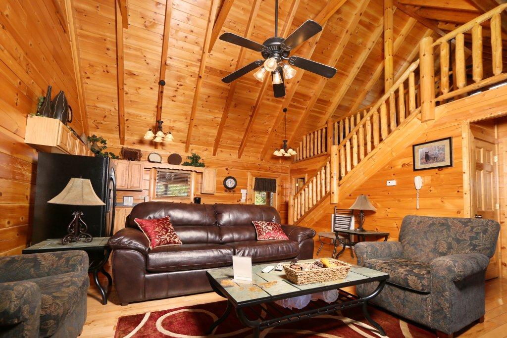Photo of a Sevierville Cabin named Sugar Shack - This is the fourth photo in the set.