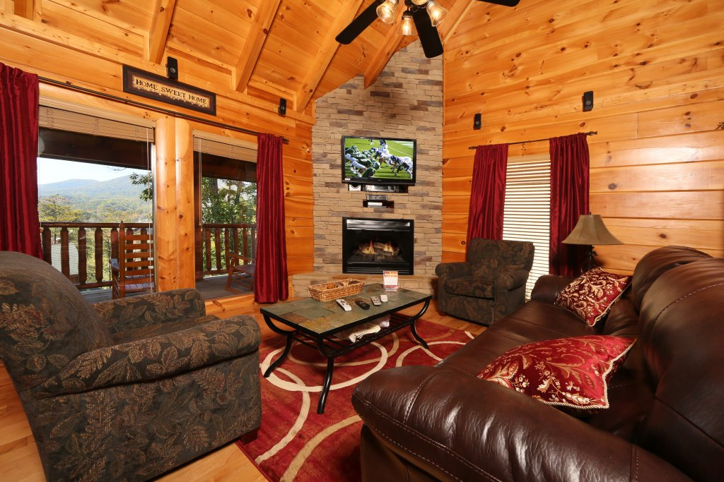 Photo of a Sevierville Cabin named Sugar Shack - This is the third photo in the set.