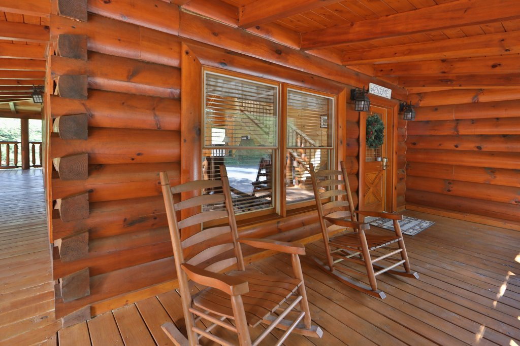 Photo of a Sevierville Cabin named Mayberry - This is the thirty-third photo in the set.