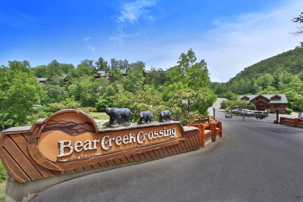 Photo of a Sevierville Cabin named Amazing Grace - This is the thirty-fourth photo in the set.