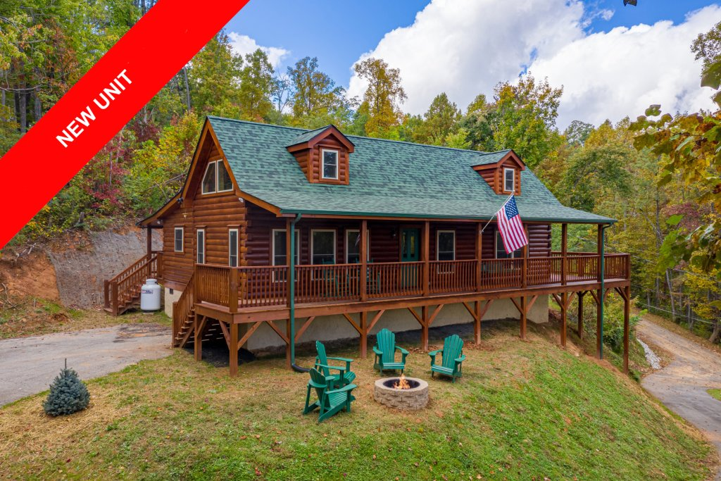 Photo of a Gatlinburg Cabin named Smoky Retreat - This is the first photo in the set.