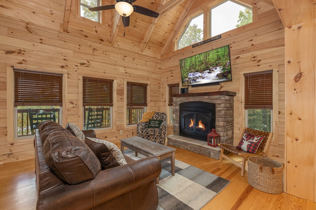 Photo of a Gatlinburg Cabin named Smoky Retreat - This is the fourth photo in the set.