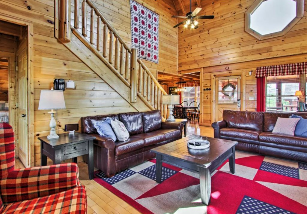 Photo of a Sevierville Cabin named Tennessee Star Lodge - This is the fifth photo in the set.