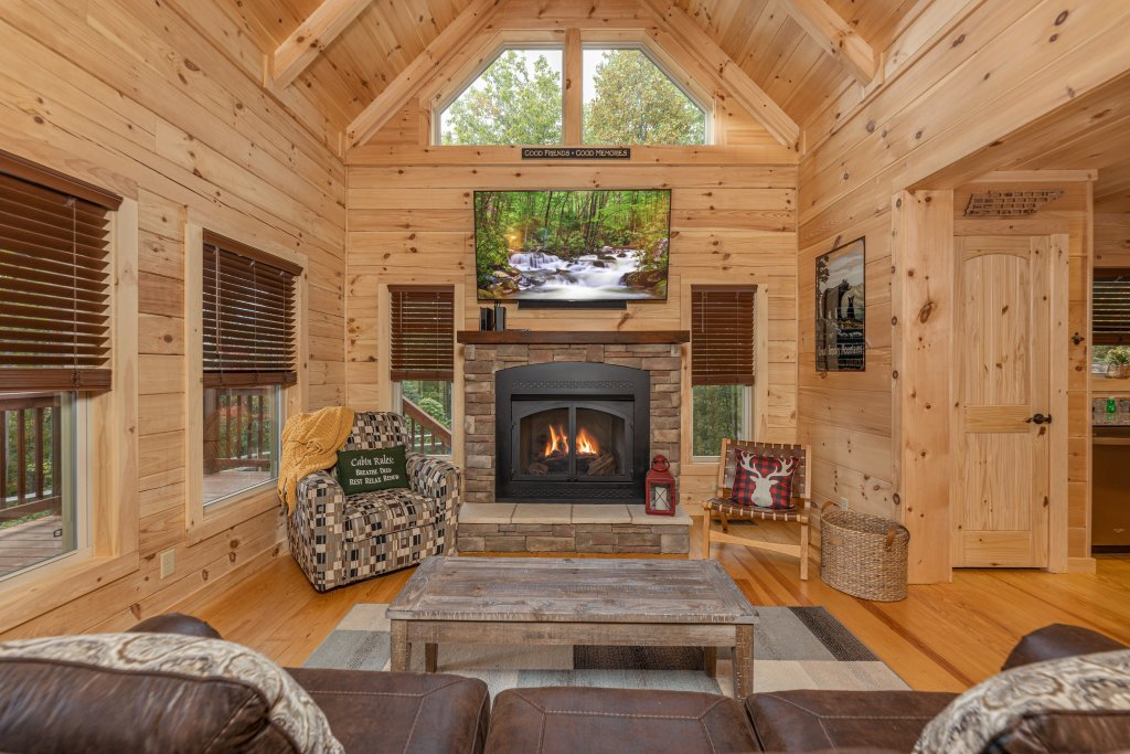 Photo of a Gatlinburg Cabin named Smoky Retreat - This is the second photo in the set.