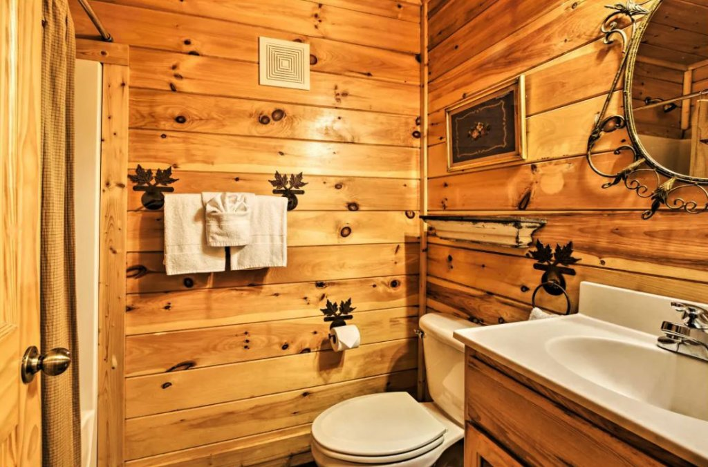 Photo of a Sevierville Cabin named Tennessee Star Lodge - This is the twenty-second photo in the set.