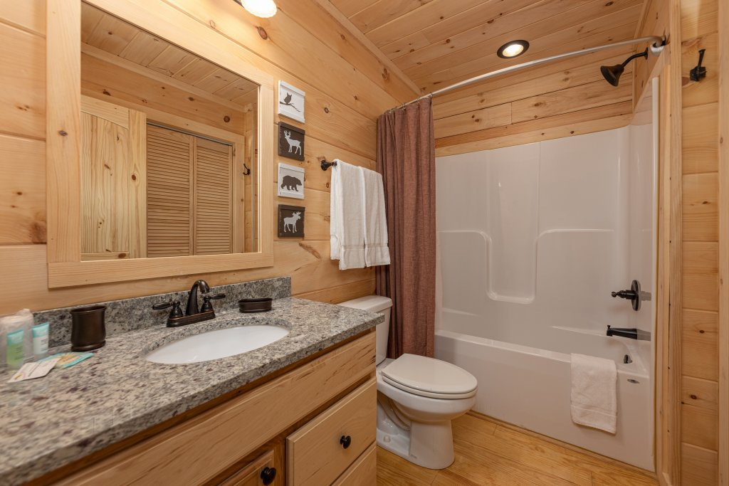 Photo of a Gatlinburg Cabin named Smoky Retreat - This is the thirteenth photo in the set.