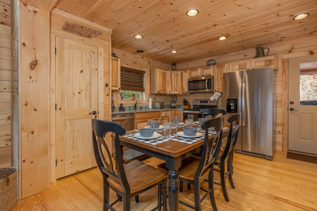Photo of a Gatlinburg Cabin named Smoky Retreat - This is the sixteenth photo in the set.
