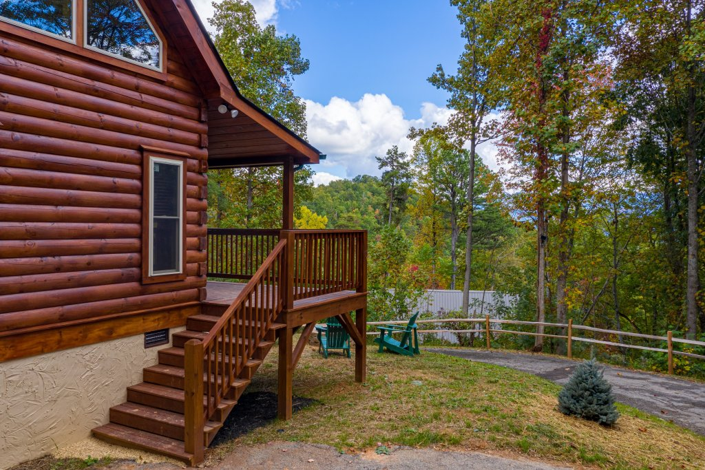 Photo of a Gatlinburg Cabin named Smoky Retreat - This is the twenty-fourth photo in the set.