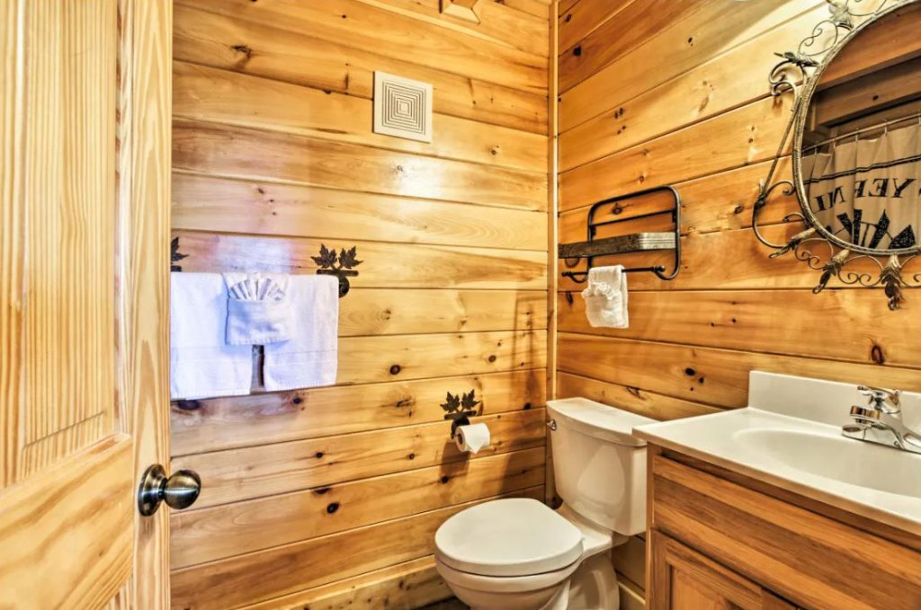 Photo of a Sevierville Cabin named Tennessee Star Lodge - This is the sixteenth photo in the set.