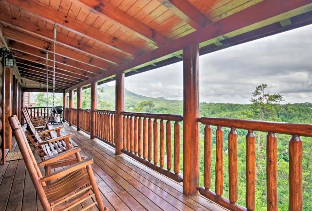 Photo of a Sevierville Cabin named Tennessee Star Lodge - This is the twenty-ninth photo in the set.