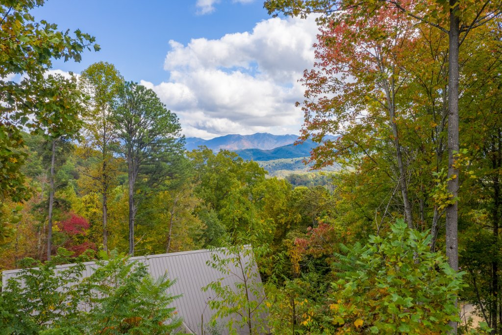 Photo of a Gatlinburg Cabin named Smoky Retreat - This is the twenty-ninth photo in the set.