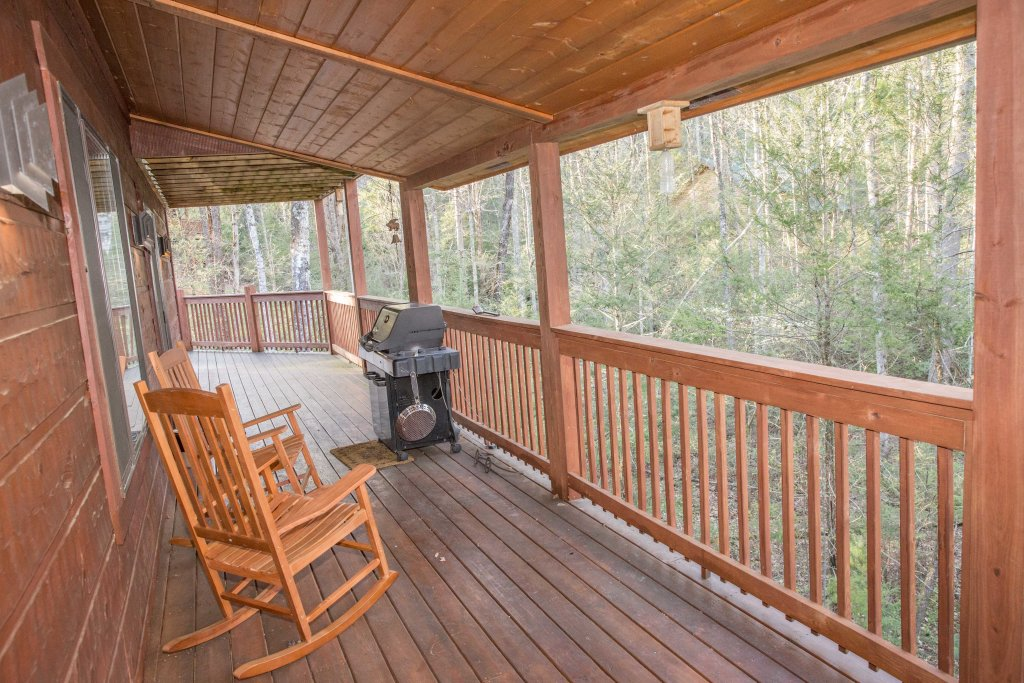Photo of a Sevierville Cabin named Cub Creek Lodge - This is the forty-fourth photo in the set.