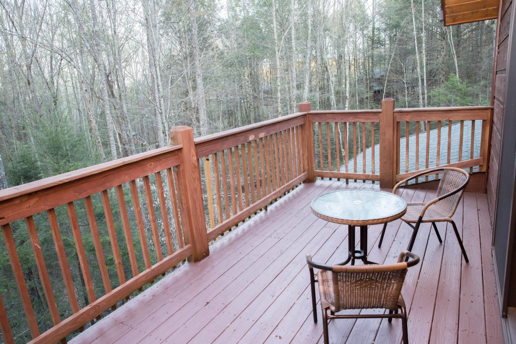 Photo of a Sevierville Cabin named Cub Creek Lodge - This is the forty-eighth photo in the set.
