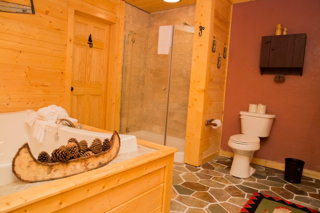 Photo of a Sevierville Cabin named Cub Creek Lodge - This is the twenty-second photo in the set.