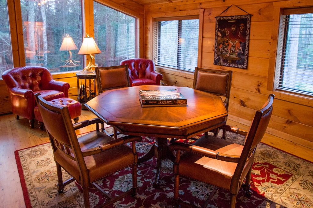 Photo of a Sevierville Cabin named Cub Creek Lodge - This is the twenty-ninth photo in the set.