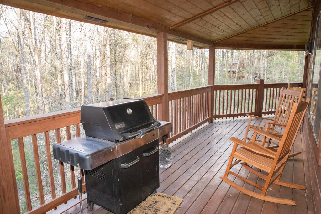 Photo of a Sevierville Cabin named Cub Creek Lodge - This is the fortieth photo in the set.