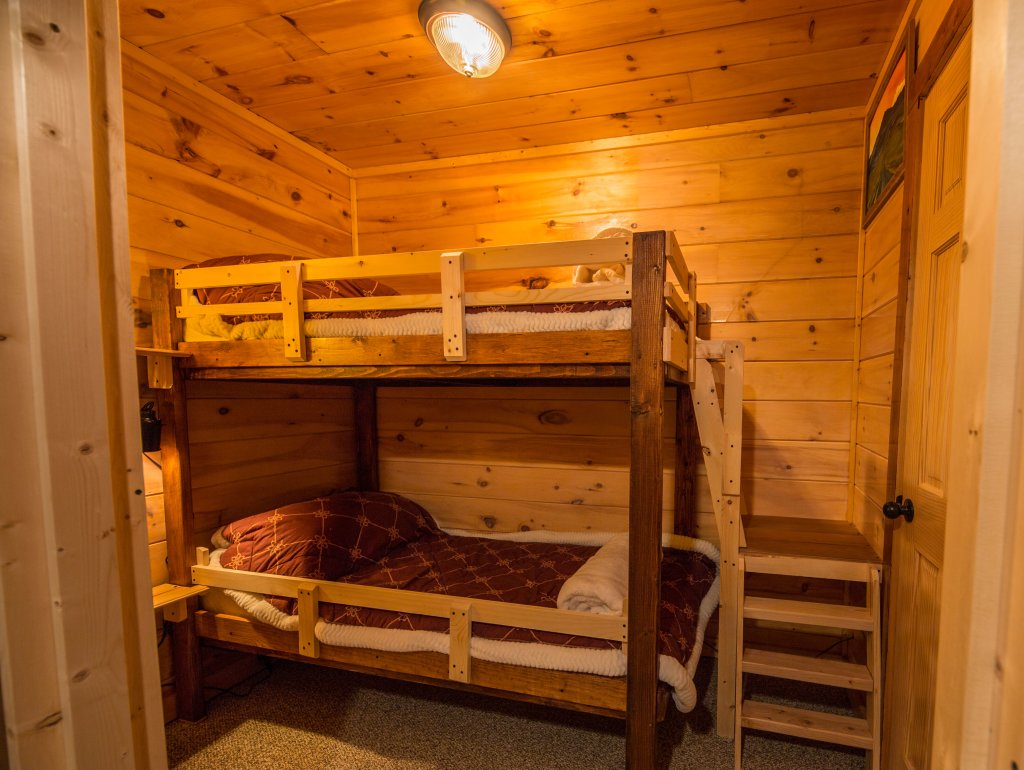 Photo of a Sevierville Cabin named Psalm 2705 - This is the seventeenth photo in the set.