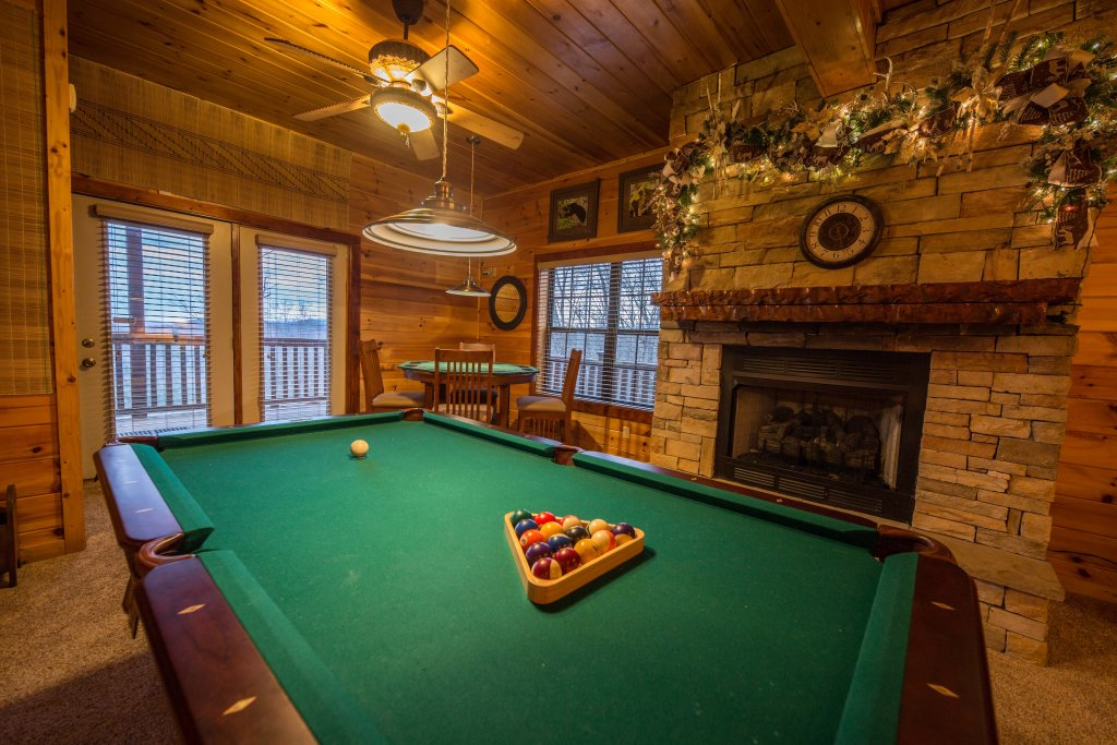 Photo of a Sevierville Cabin named Psalm 2705 - This is the twenty-first photo in the set.