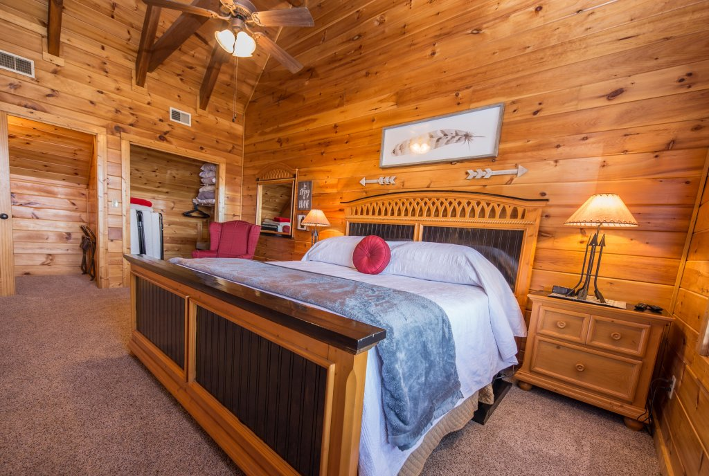 Photo of a Sevierville Cabin named Psalm 2705 - This is the sixth photo in the set.