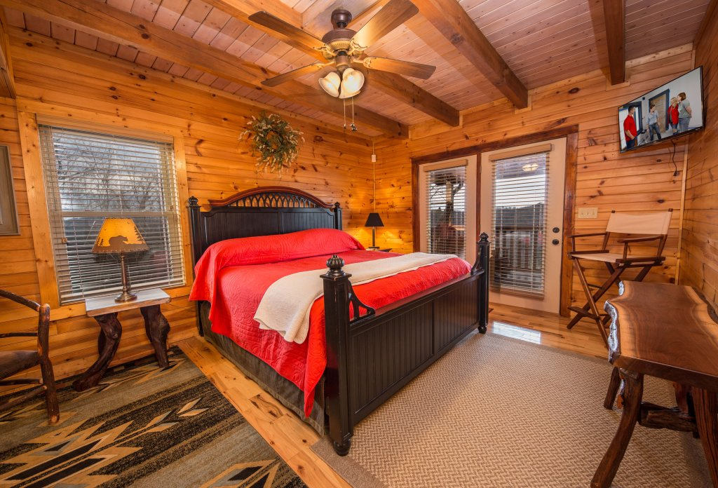 Photo of a Sevierville Cabin named Psalm 2705 - This is the eleventh photo in the set.