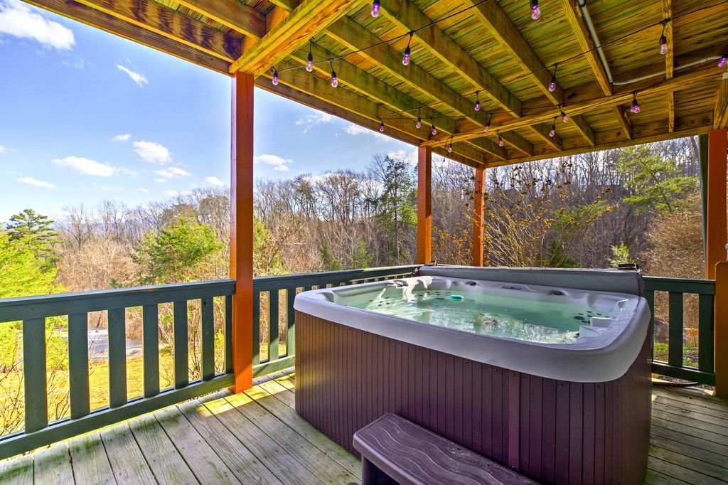 Photo of a Sevierville Cabin named Makin' Memories - This is the forty-fifth photo in the set.