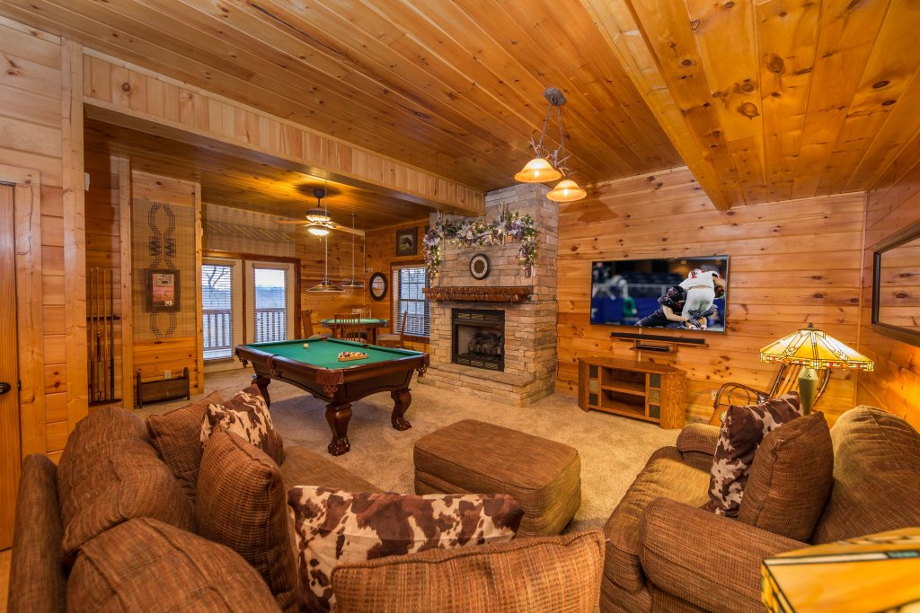 Photo of a Sevierville Cabin named Psalm 2705 - This is the twentieth photo in the set.